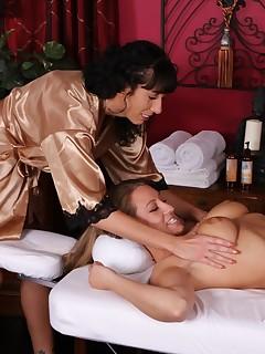 Lizzy and Alia lesbian massage
