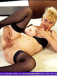 Grandmother With Big Boobs Is Showing Weird Pussy Training Action