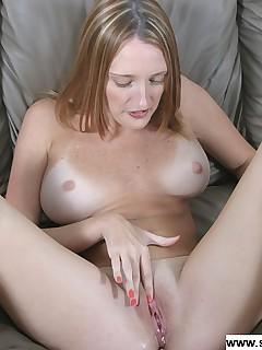 cute mature woman likes to squirt